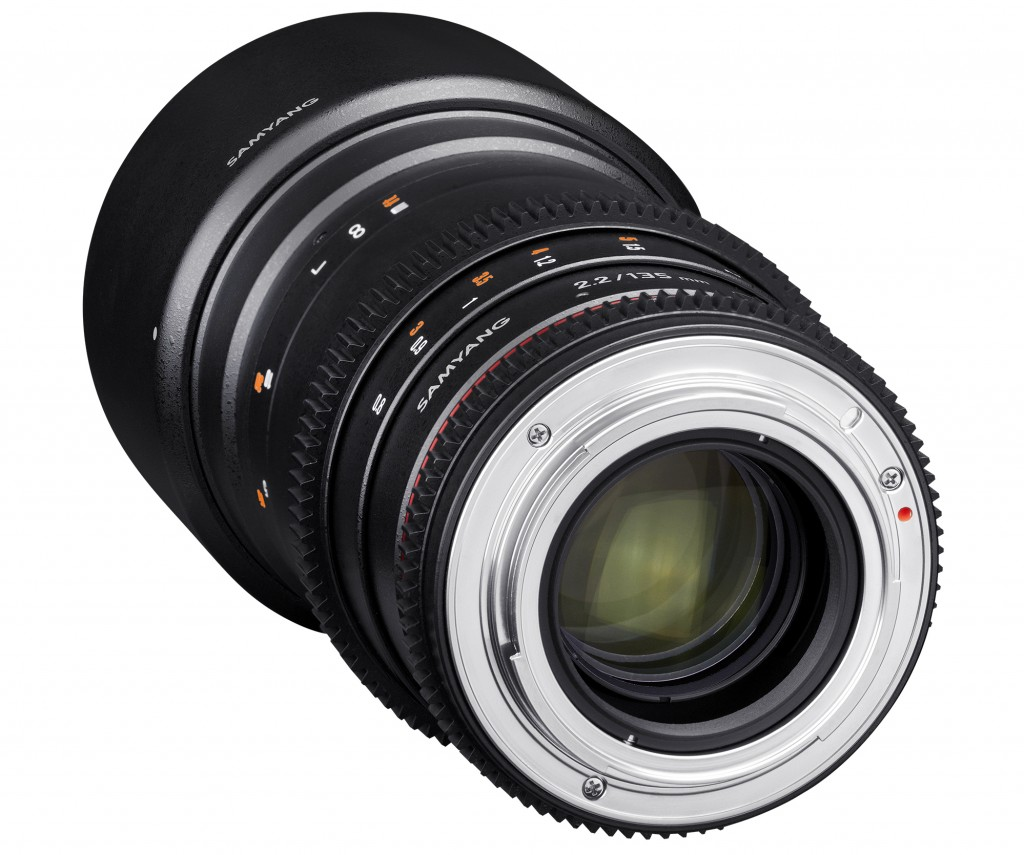 Samyang Optics-135mm-T2.2-cine-camera lenses-cine lenses-detail_4